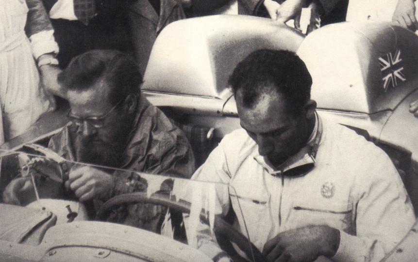 Moss et Jenkinson, juste avant le départ.