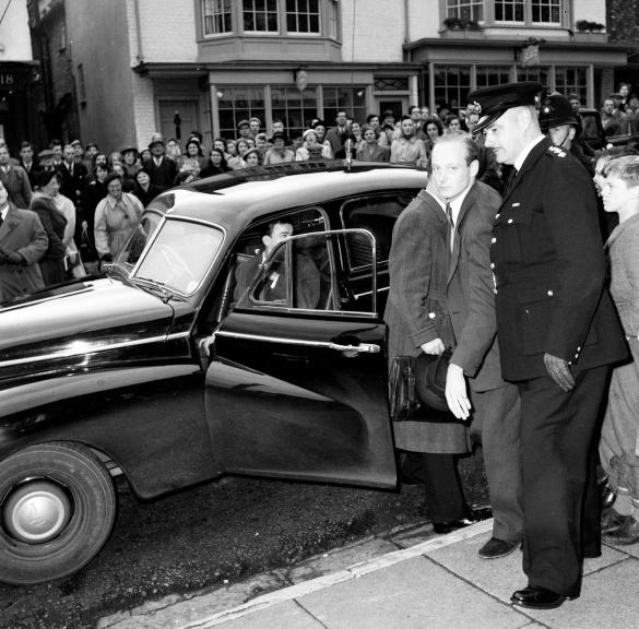 L'arrestation de Lord Montagu dans les années 50 gaysonoma.com