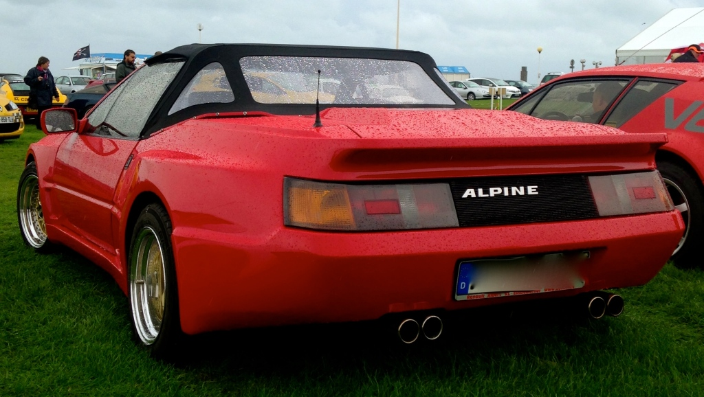 Rare Alpine GTA Cabriolet Source : RETROMOTIV