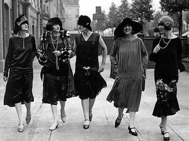 La mode des Années Folles Source : mademoiselle-dentelle.fr