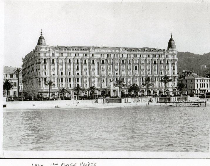 Hotel Carlton de Cannes en 1930 Source : franceculture.fr