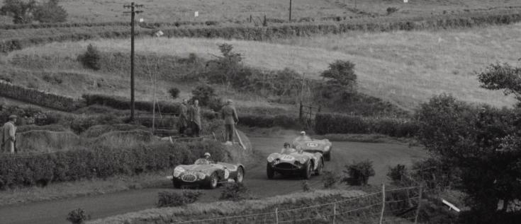 Les petites routes glissantes du circuit de Dunrod laissent peu de place pour les dépassements Source : Collection George Phillips