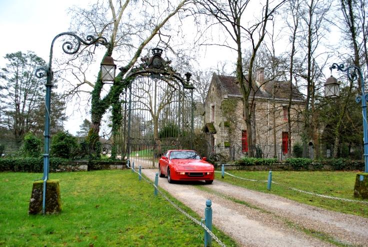 Un des bâtiments adjacent aux ruines de l'Abbaye des Vaux-de-Cernay