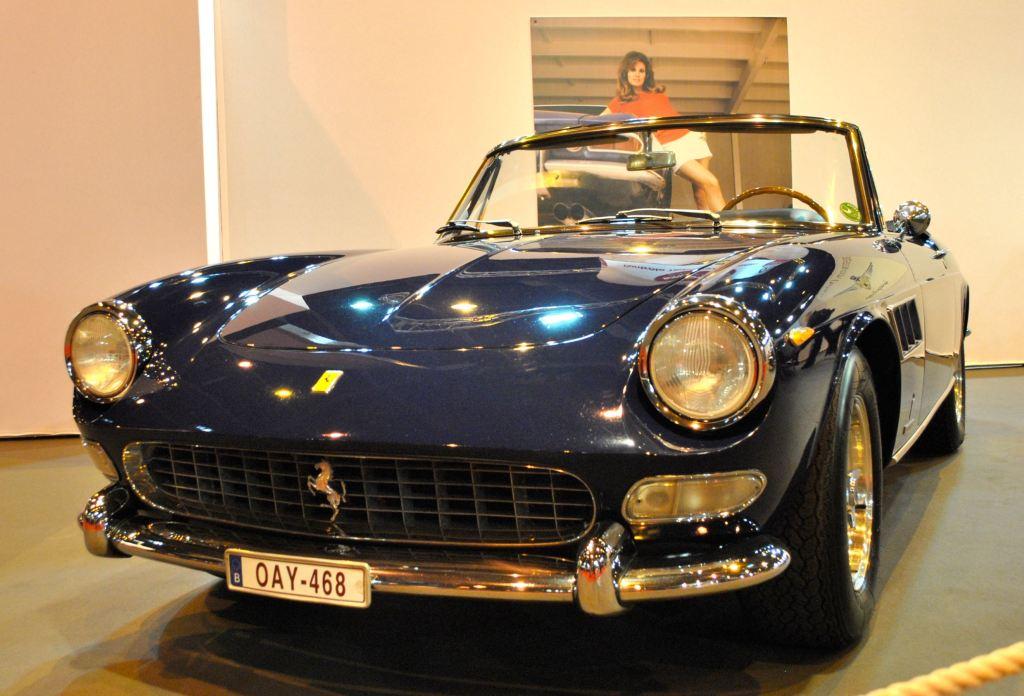 La Ferrari 275 GTS offerte en 1967 à Raquel Welch lors du tournage du film « Fathom ».