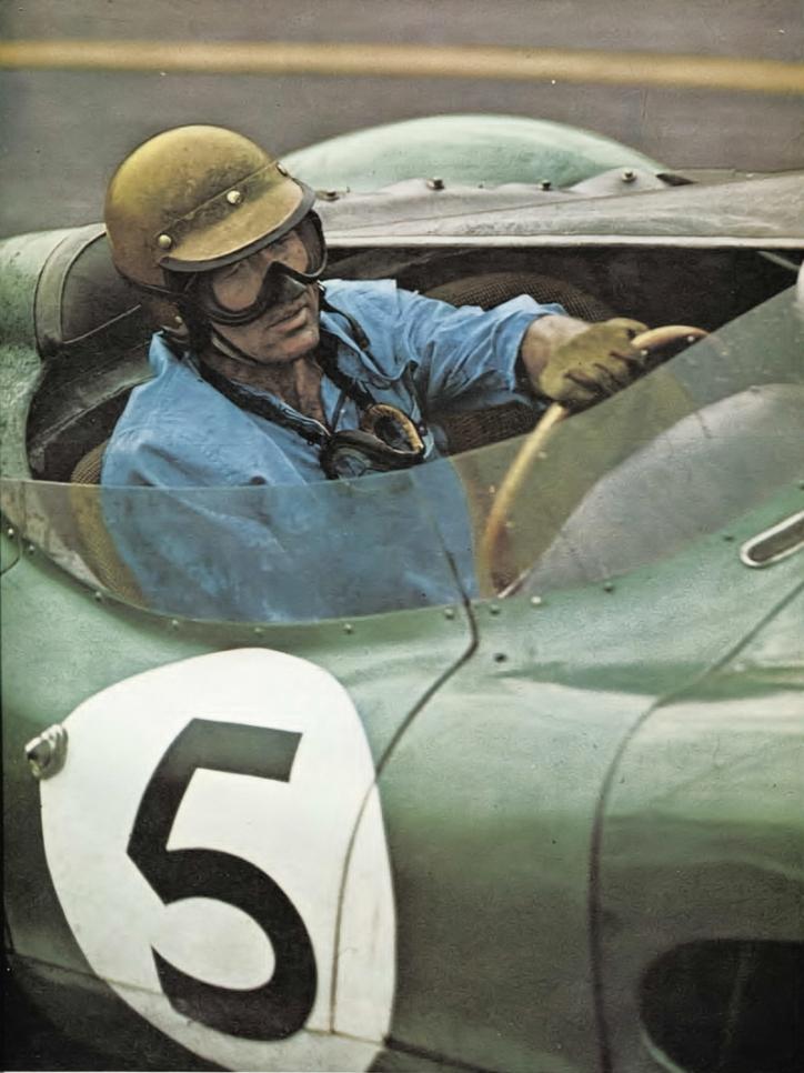 Caroll Shelby lors des 24 heures du Mans 1959