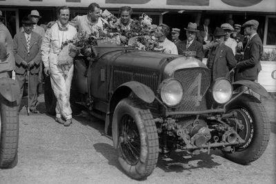 1930-4