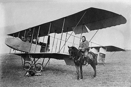 Blériot XI de 1913 ...