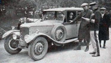 mildred_bruce_vainqueur_de_la_coupe_des_dames_au_rallye_monte-carlo_de_1927