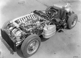 1955_MercedesBenz_300SLR-5-1024