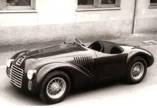 Ferrari-125S-1947-bn.jpg